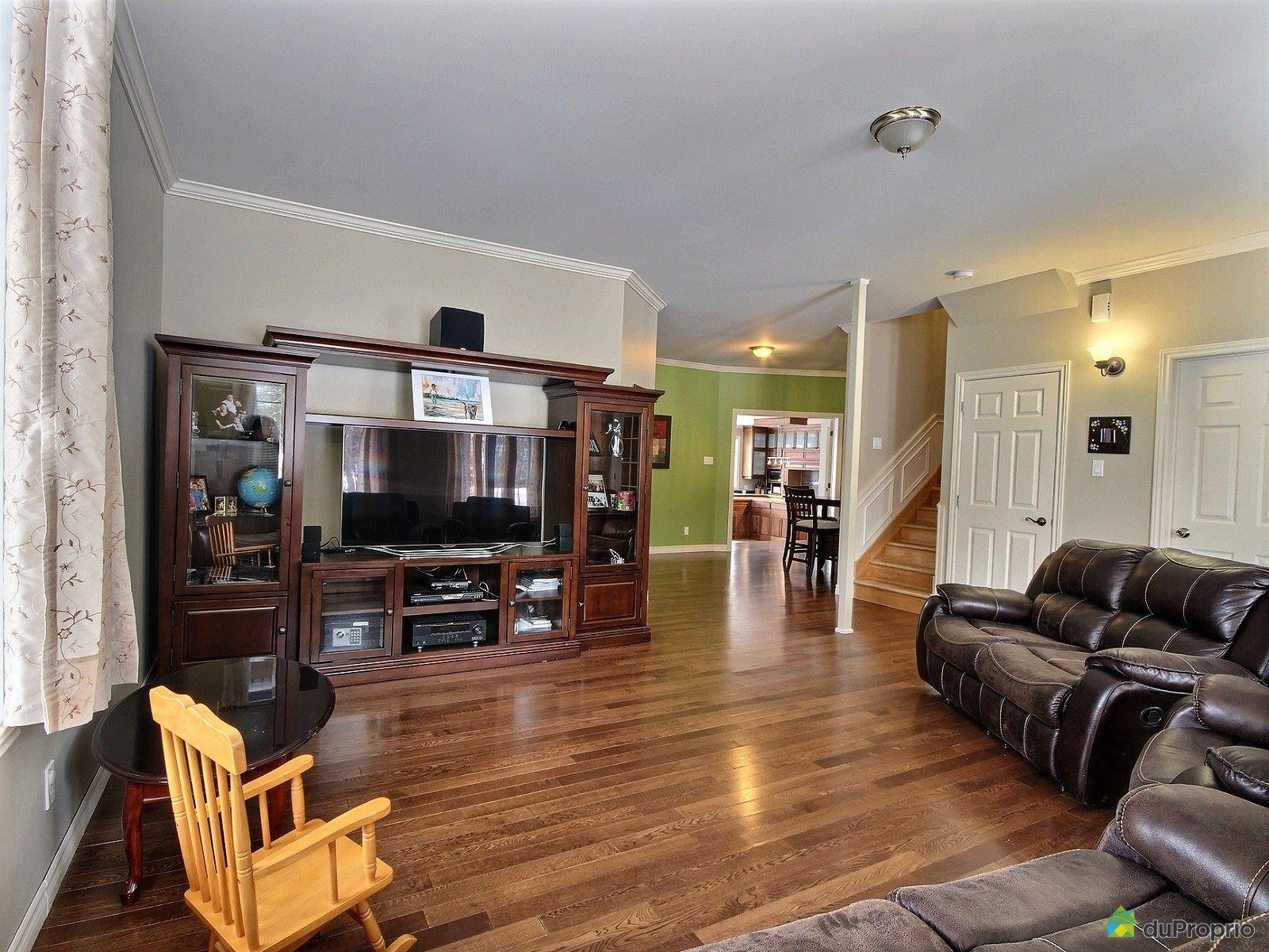 bi g n ration vendre ste m lanie 30 rue de l 39 harmonie immobilier qu bec duproprio 679717. Black Bedroom Furniture Sets. Home Design Ideas