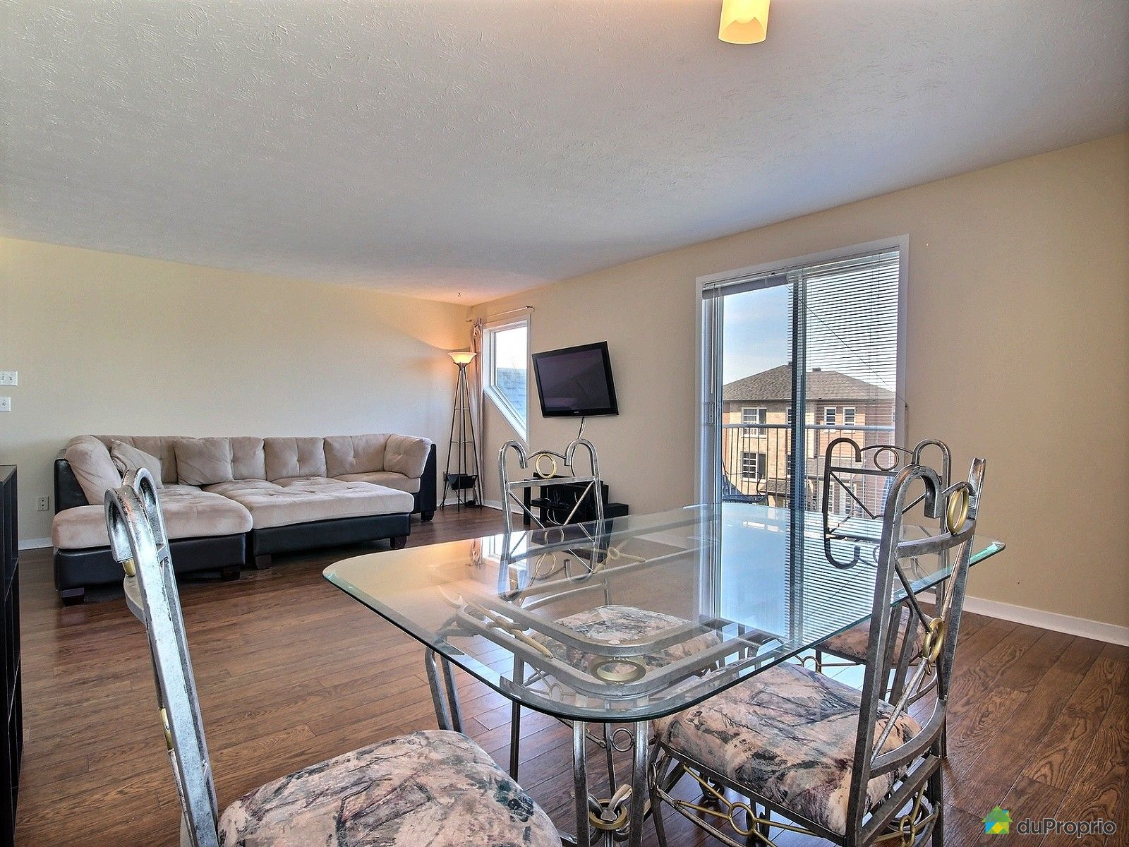 #446987 Condo à Vendre Chambly 5 1370 Rue Zotique Giard  3891 salle a manger pas cher montreal 1600x1200 px @ aertt.com