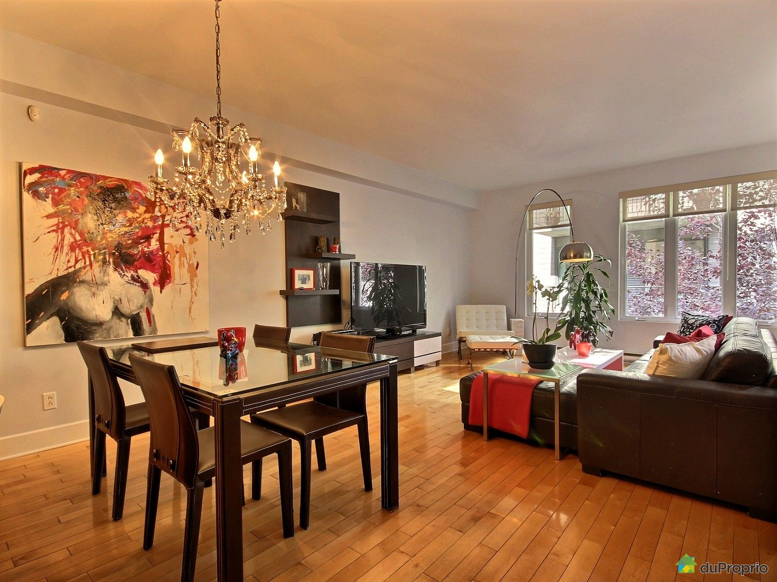 Condo vendu montr al immobilier qu bec duproprio 554838 for Salle a manger montreal