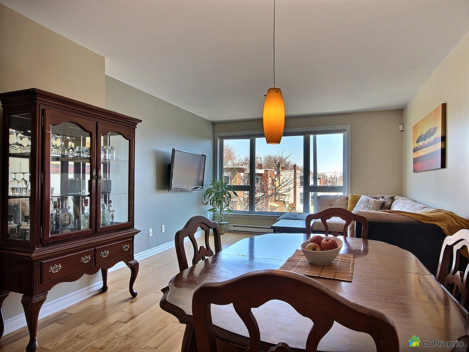 Condo vendre montr al 5 6545 rue laurendeau immobilier for Salle a manger montreal