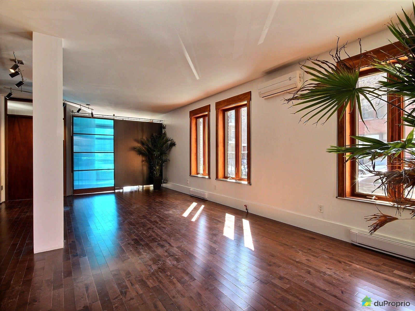 Condo vendre montr al 7287 rue berri immobilier qu bec for Salle a manger antique quebec