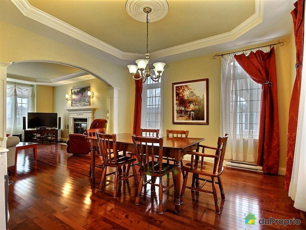 Maison vendu l vis immobilier qu bec duproprio 478294 for Salle a manger levi