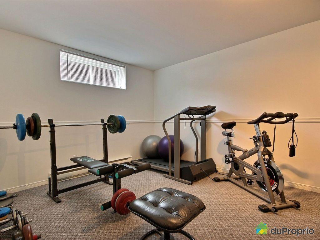beautiful salle d entrainement maison pictures. Black Bedroom Furniture Sets. Home Design Ideas