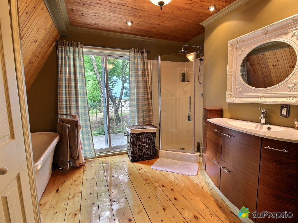 Beautiful salle de bain chalet de luxe pictures awesome for Salle de bain de luxe