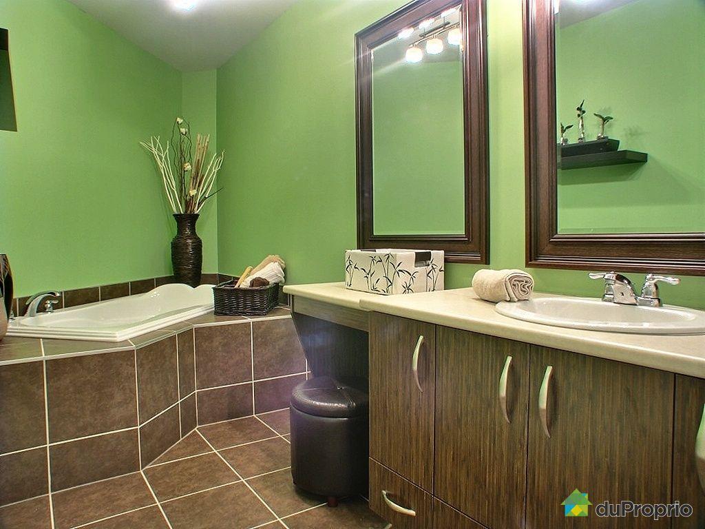 Condo vendu boucherville immobilier qu bec duproprio - Plancher bois salle de bain ...