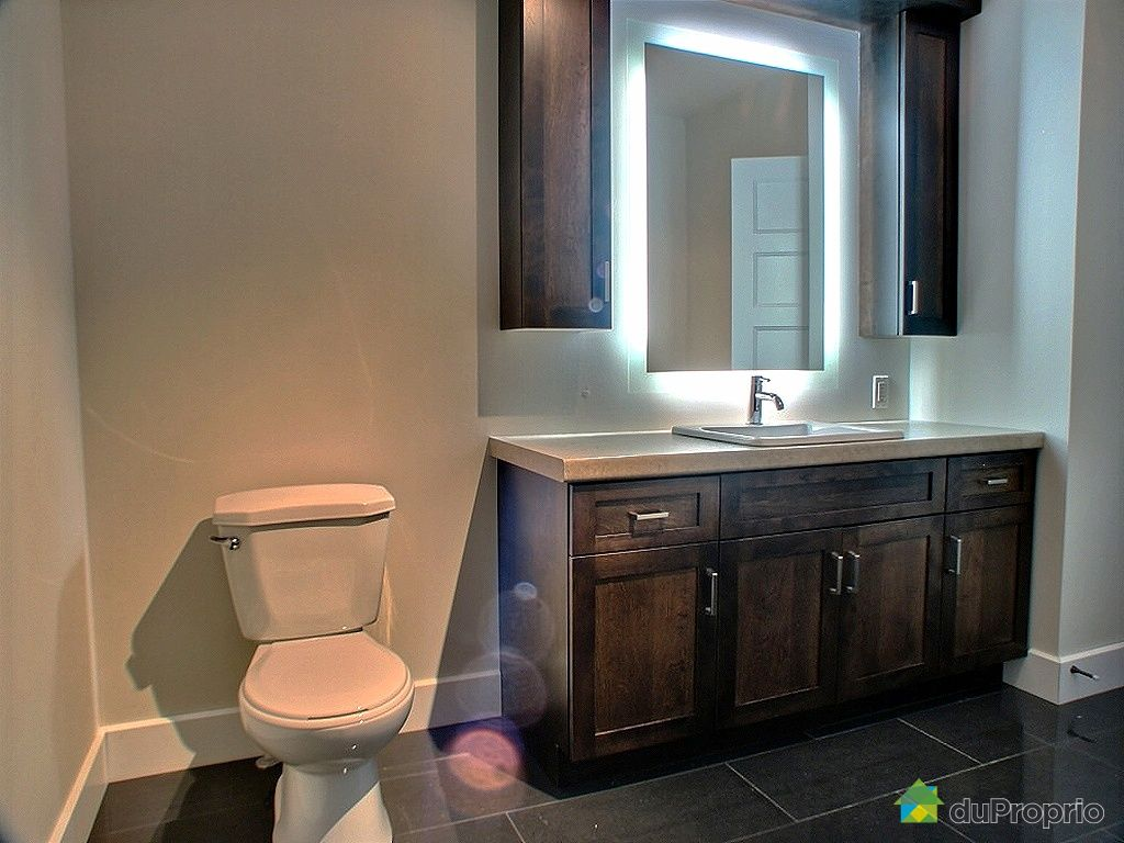 pharmacie de salle de bain a vendre. Black Bedroom Furniture Sets. Home Design Ideas