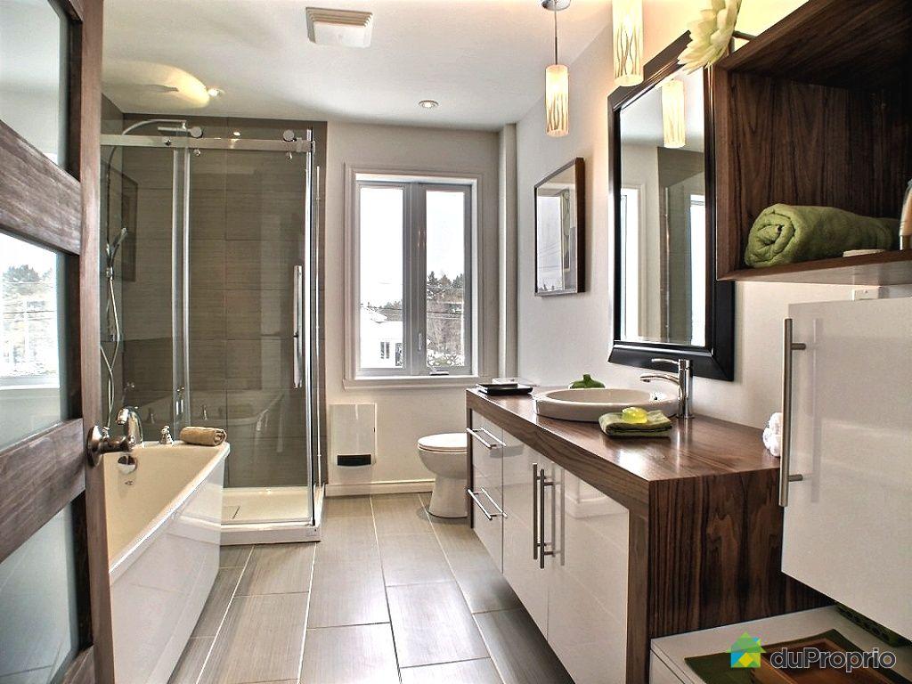 #30241C Condo Neuf à Vendre Lac Etchemin 1405 D Route 277  2649 petite salle de bain avec laveuse secheuse 1024x768 px @ aertt.com