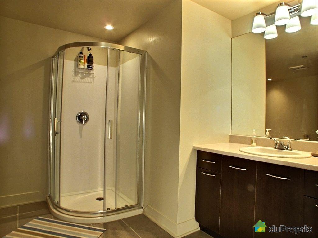 Condo vendre laval des rapides 1205 639 rue robert for Salle de bain laval
