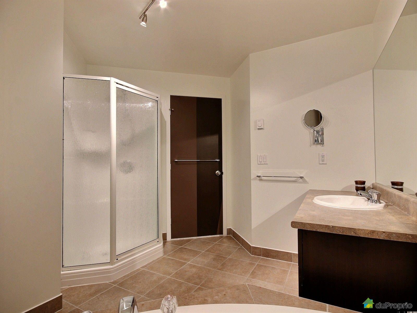 Condo vendu longueuil immobilier qu bec duproprio 557884 for Salle de bain longueuil
