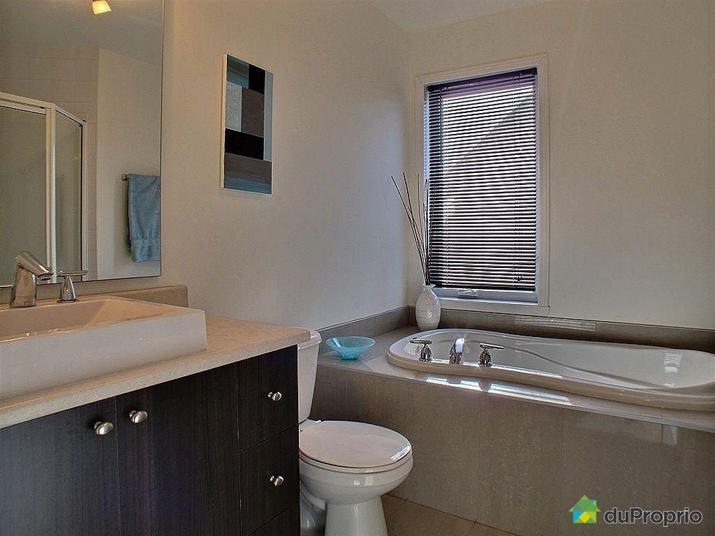 Condo vendu longueuil immobilier qu bec duproprio 394717 for Salle de bain longueuil
