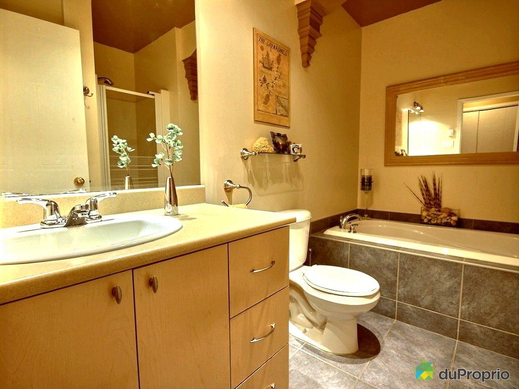 Condo vendu longueuil immobilier qu bec duproprio 481827 for Salle de bain longueuil
