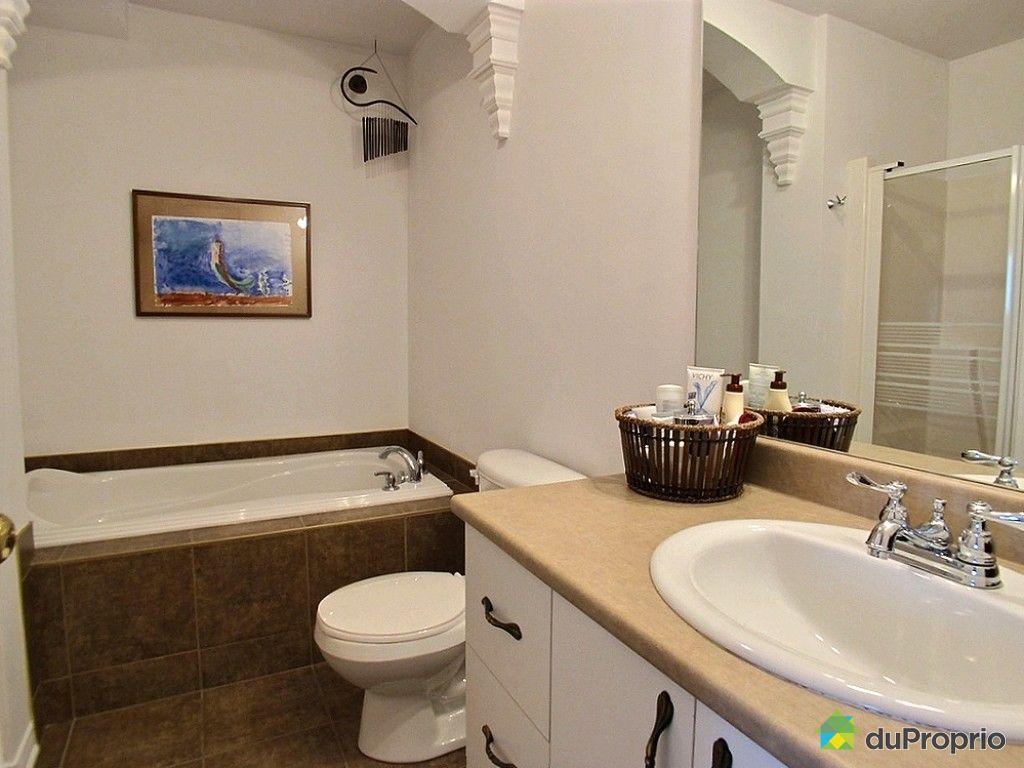 Condo vendu longueuil immobilier qu bec duproprio 514496 for Salle de bain longueuil