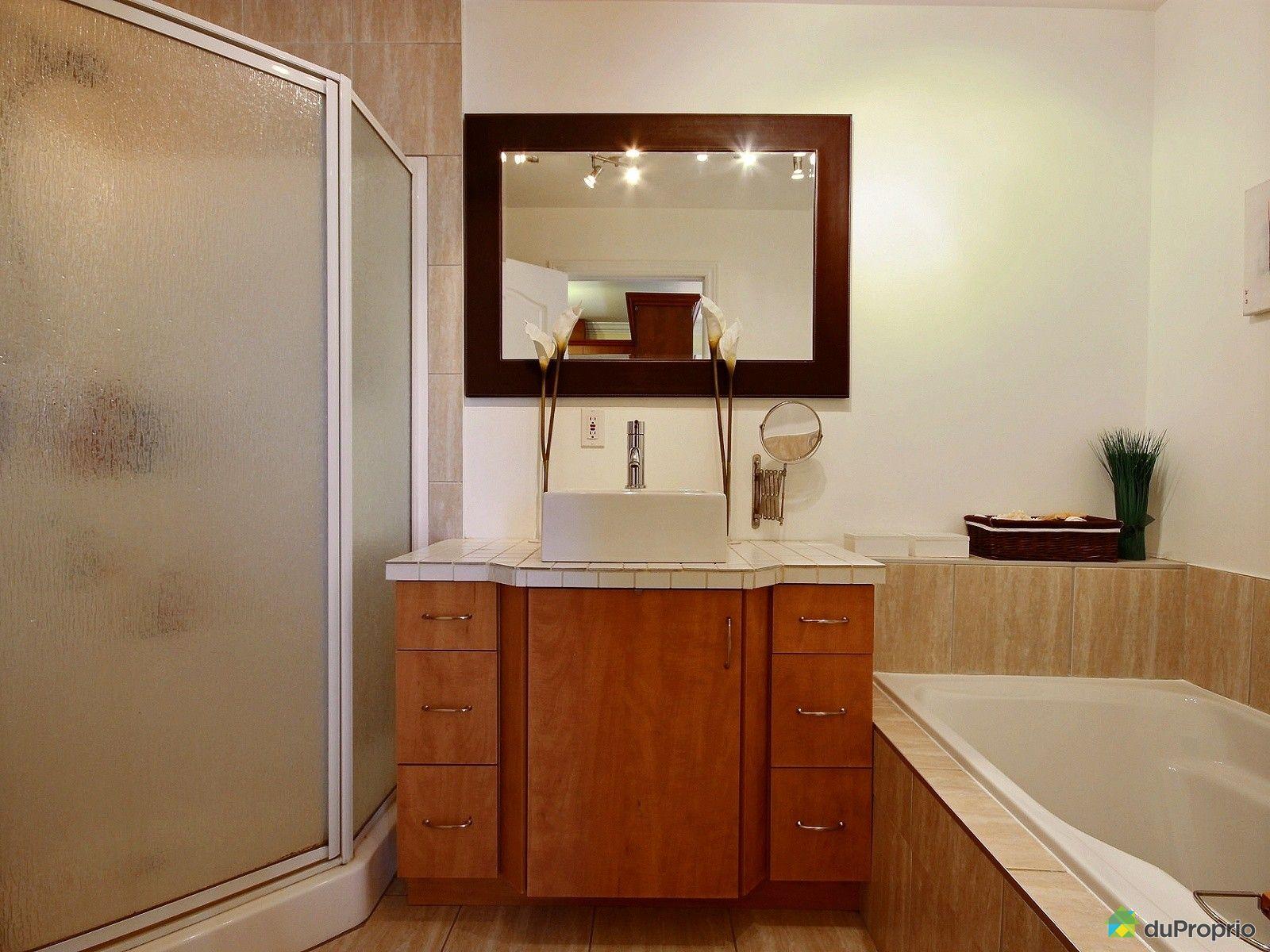 condo vendre montr al 2700 avenue charlemagne immobilier qu bec duproprio 506953. Black Bedroom Furniture Sets. Home Design Ideas