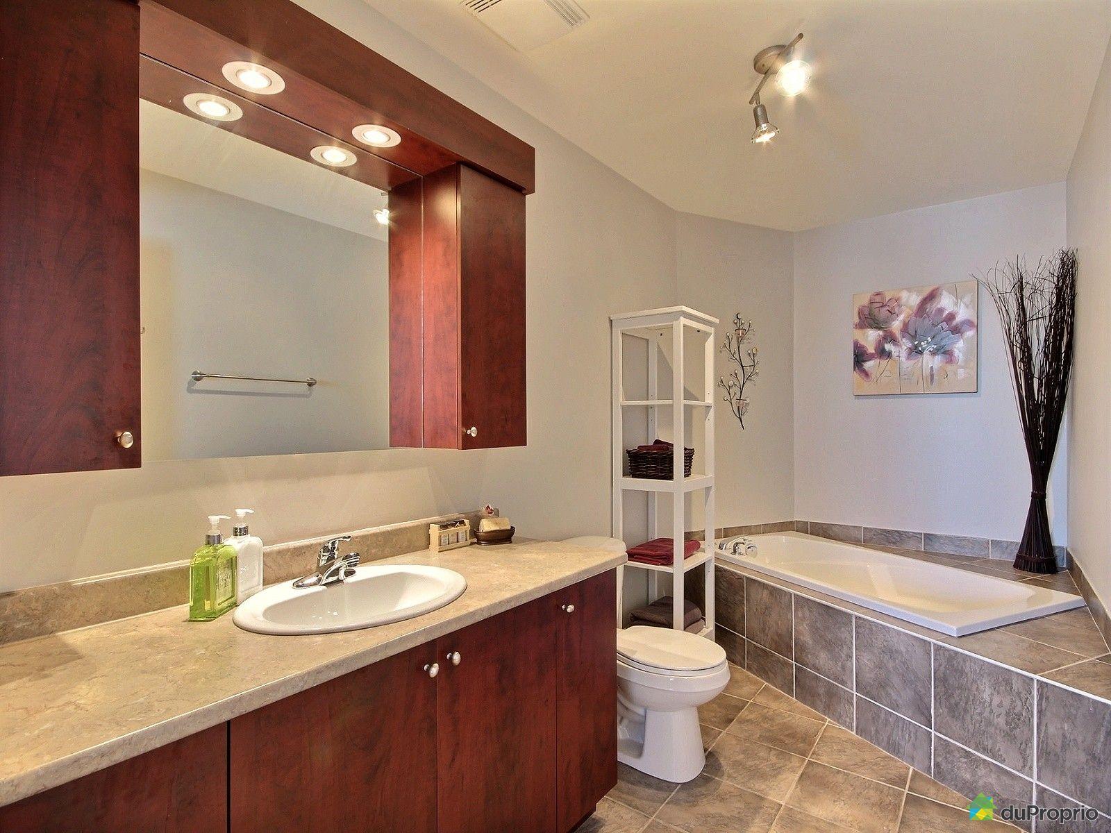 condo vendu montr al immobilier qu bec duproprio 677908. Black Bedroom Furniture Sets. Home Design Ideas