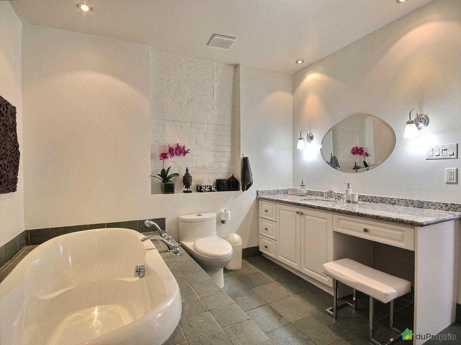 Condo vendu montr al immobilier qu bec duproprio 611625 for Salle de bain montreal