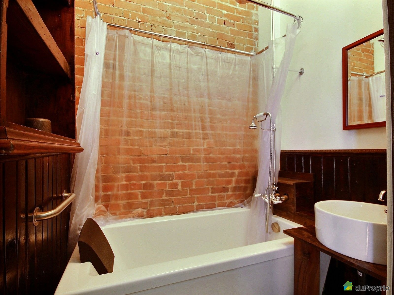 Condo vendre montr al 1721 rue sanguinet immobilier for Accessoire salle de bain ville de quebec