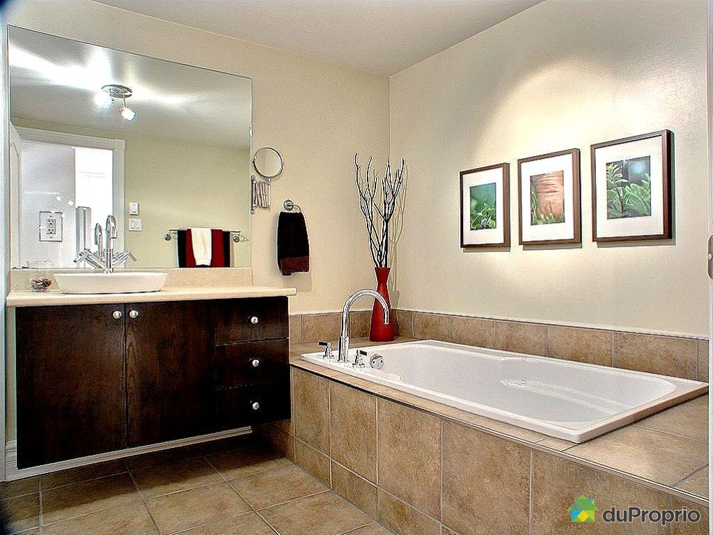 Condo vendu montr al immobilier qu bec duproprio 251546 - Salle de bain hopital ...