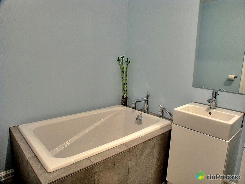 Condo vendu montr al immobilier qu bec duproprio 301580 for Accessoire salle de bain ville de quebec