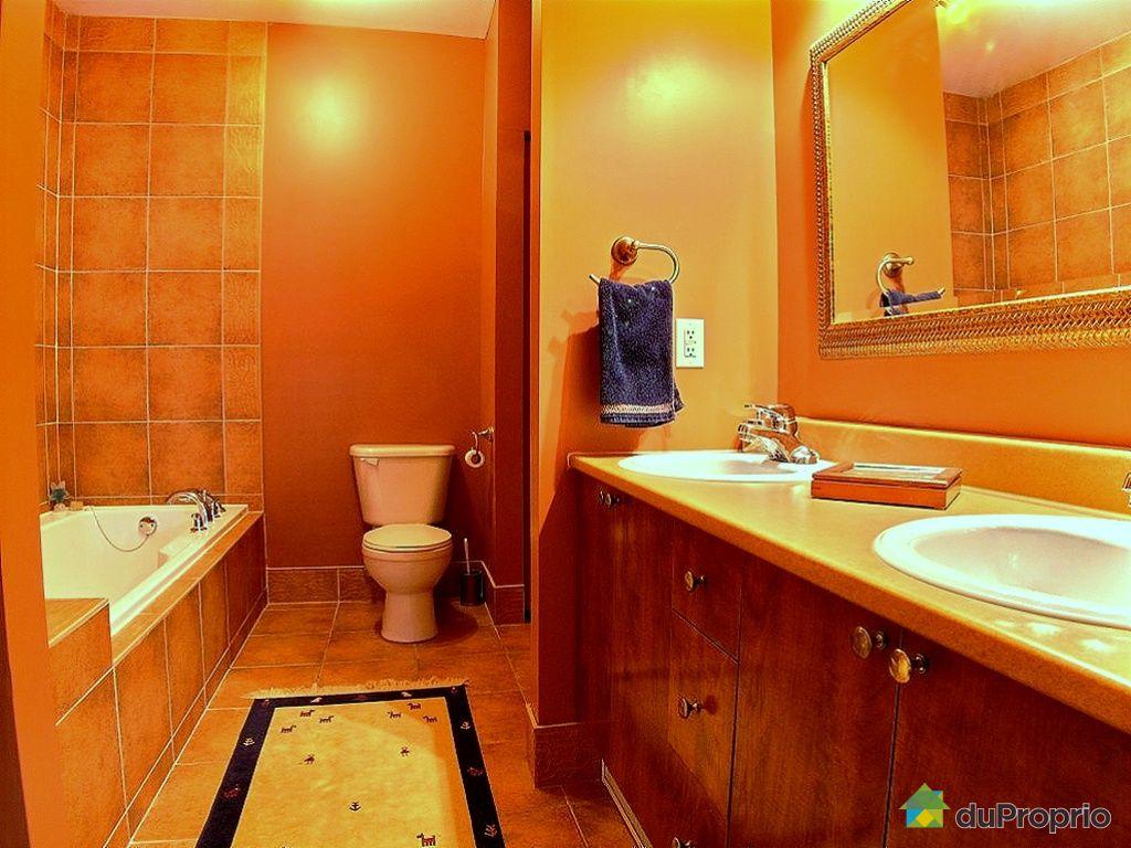 Condo vendu montr al 301 1075 rue de bleury immobilier for Accessoire salle de bain ville de quebec