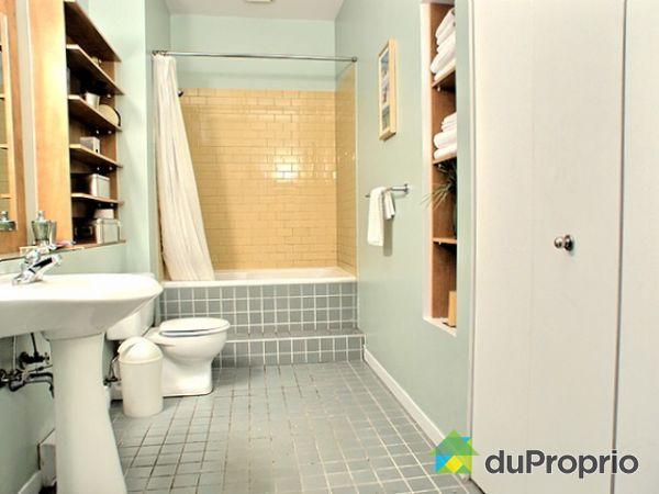 Condo vendu montr al immobilier qu bec duproprio 128494 for Accessoire salle de bain ville de quebec