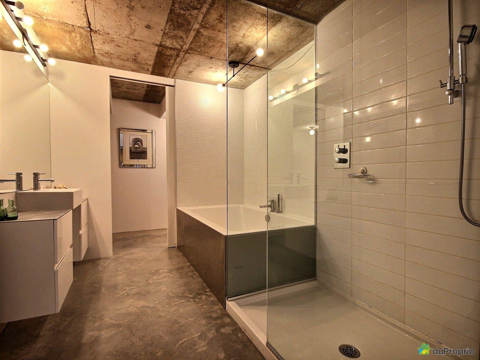 Condo vendre montr al 7042 rue saint urbain immobilier for Salle de montre salle de bain