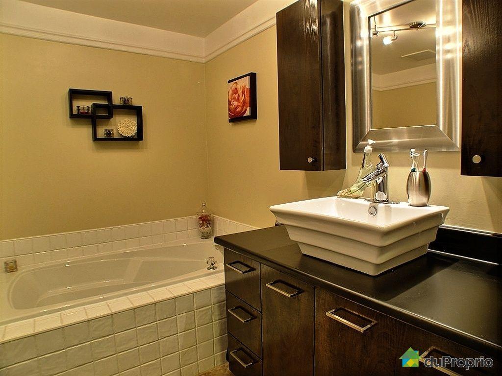 Condo vendu montr al immobilier qu bec duproprio 303753 for Reno salle de bain quebec