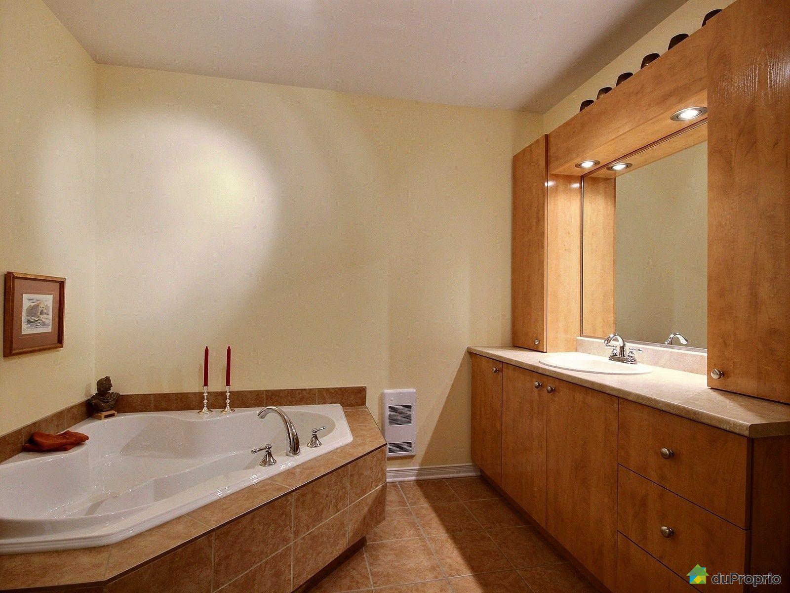 Condo vendre st eustache 5 145 boulevard binette for Salle de bain 25 st eustache
