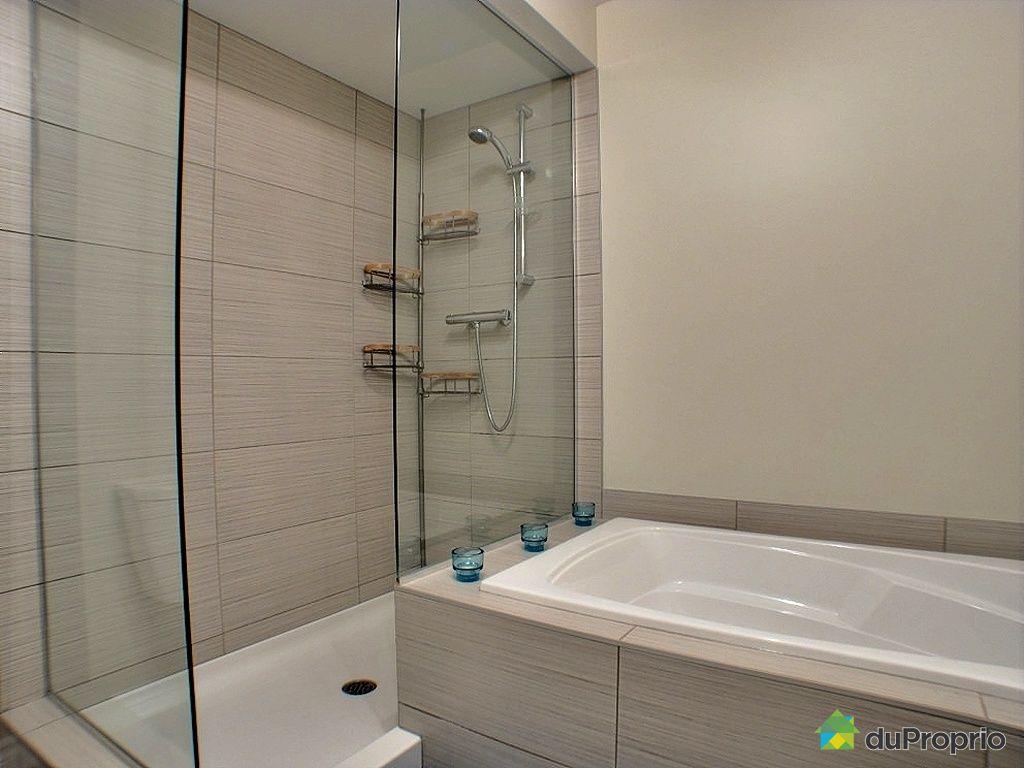 Condo vendu st hubert immobilier qu bec duproprio 403436 for Reno salle de bain quebec