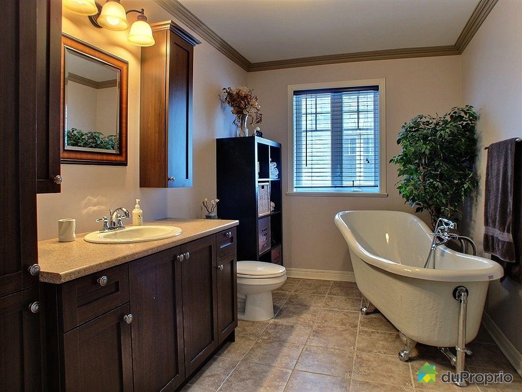 Vanite salle de bain a vendre avec des for Salle de bain st jean