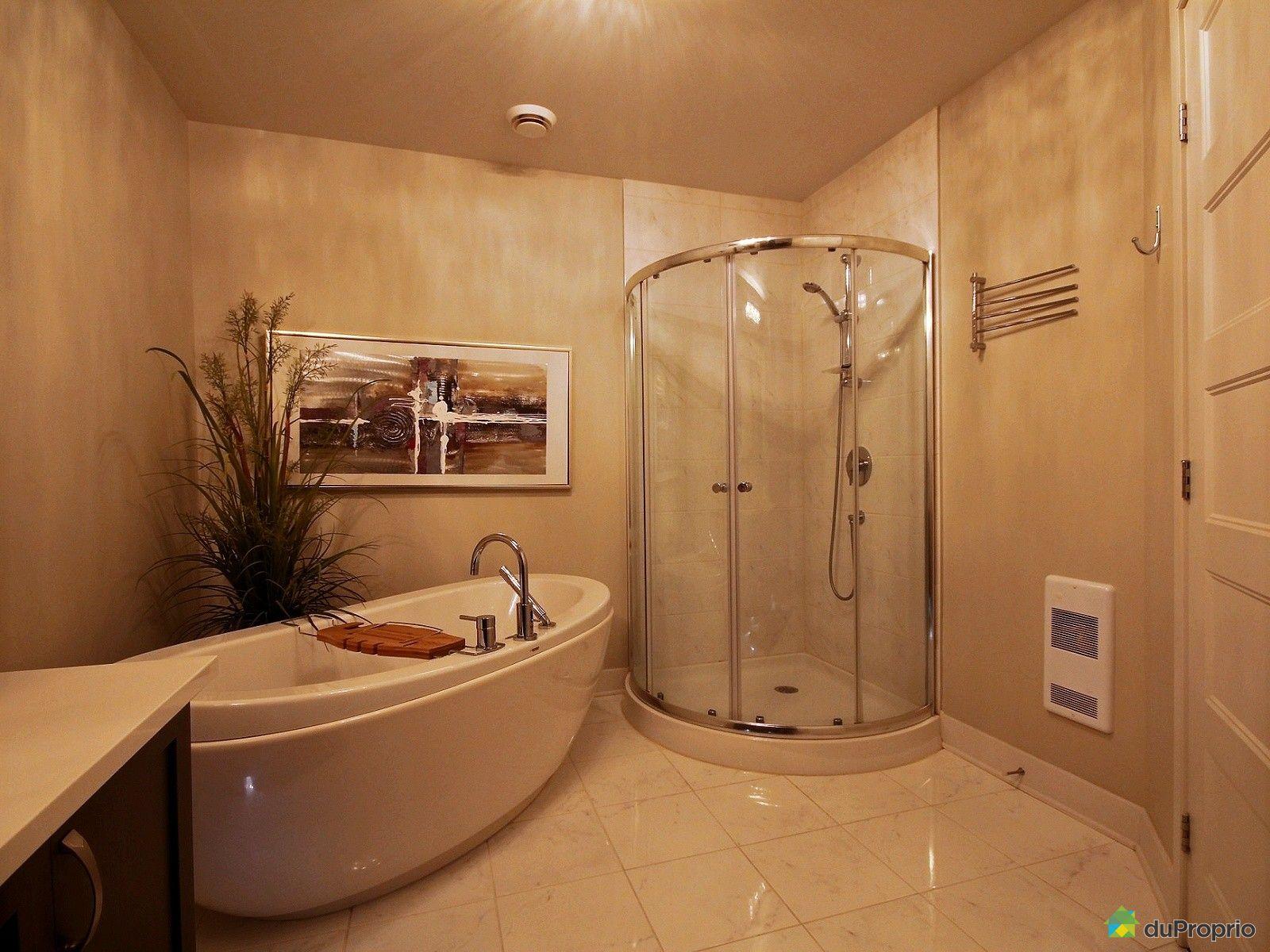Condo vendre st j r me 201 260 rue radisson immobilier for Accessoire salle de bain st jerome