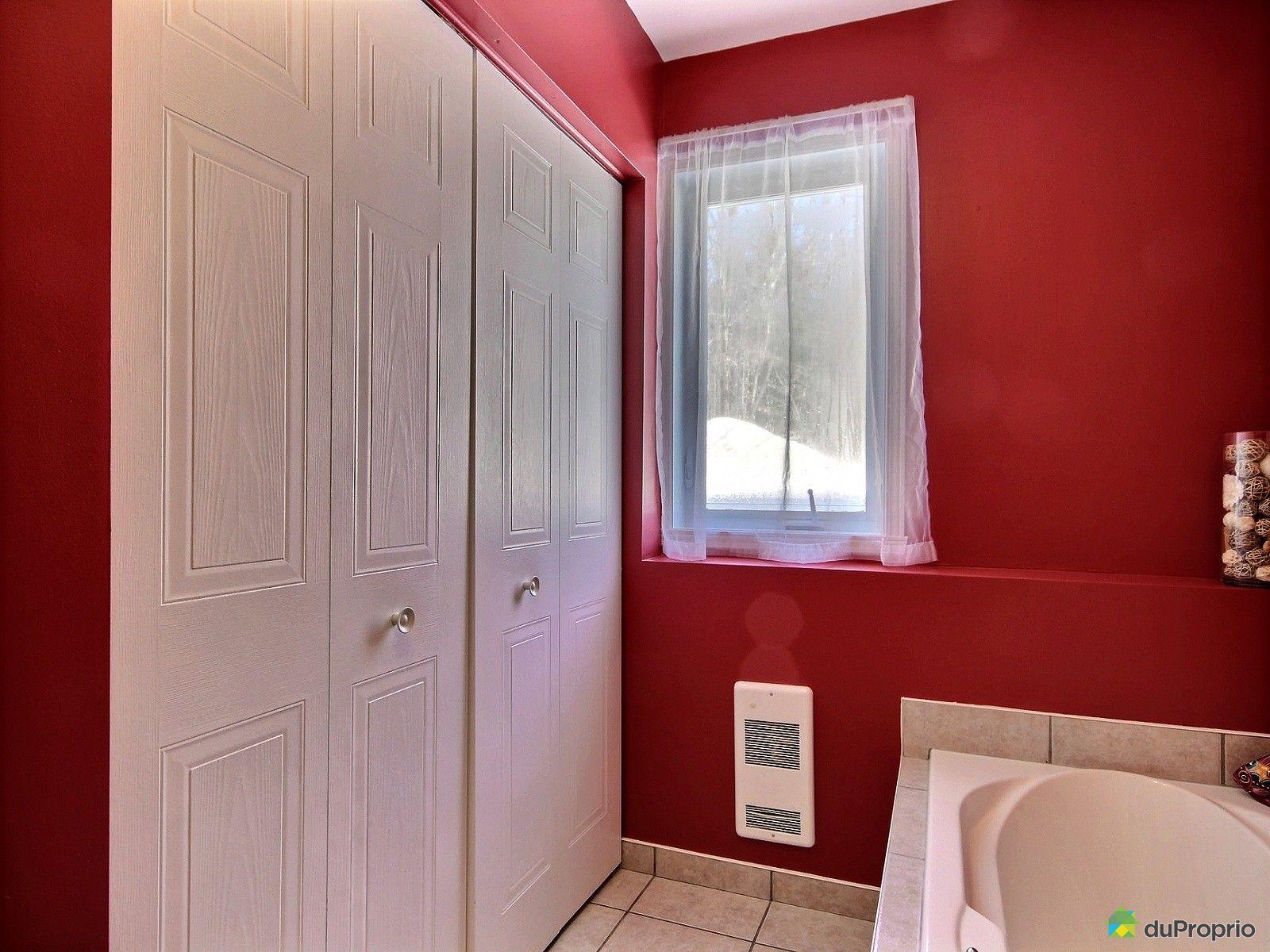 Condo vendre st j r me 2429 rue schulz immobilier for Accessoire salle de bain st jerome