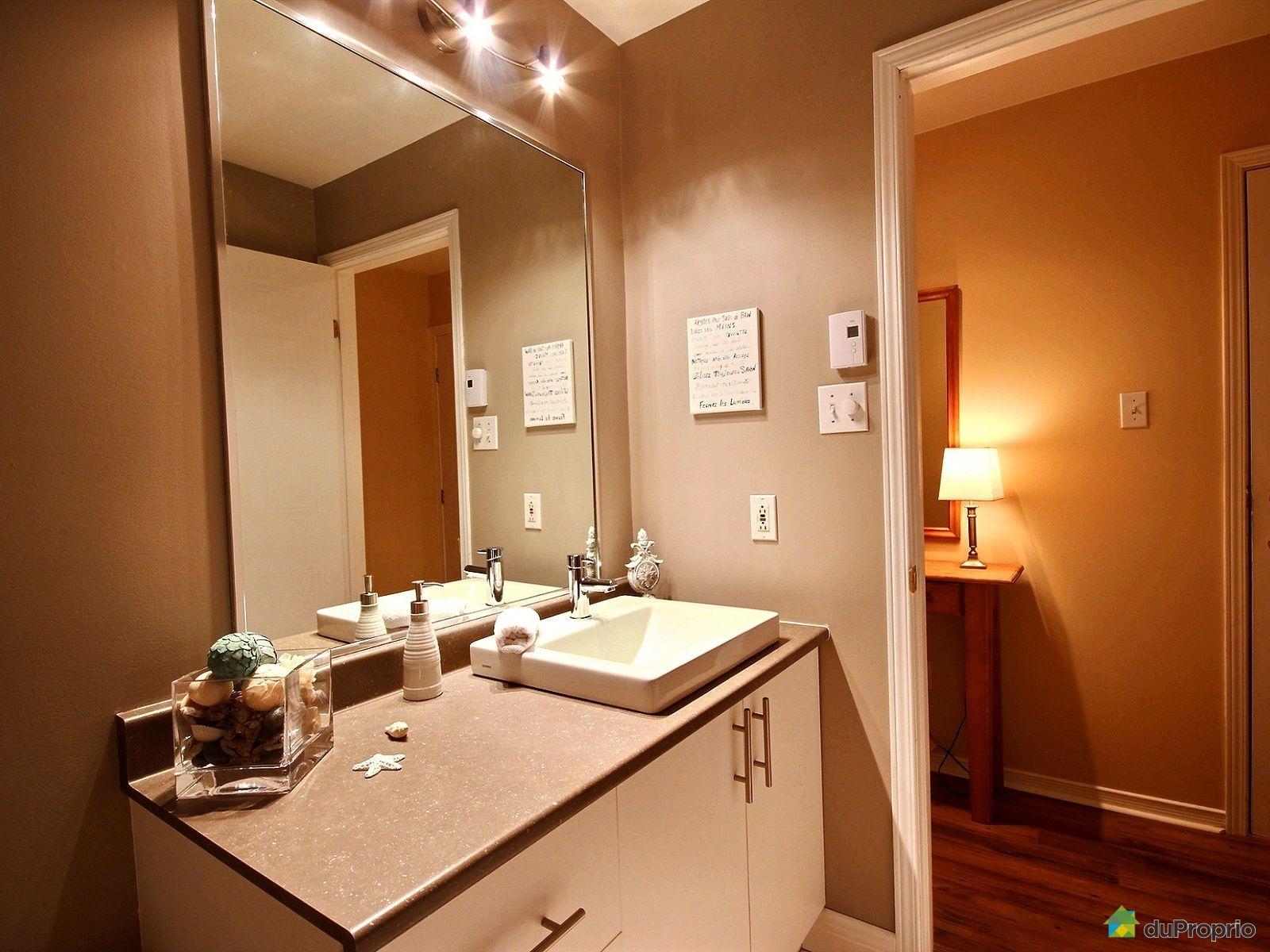 Condo vendre st j r me 1 1445 avenue du parc for Accessoire salle de bain st jerome