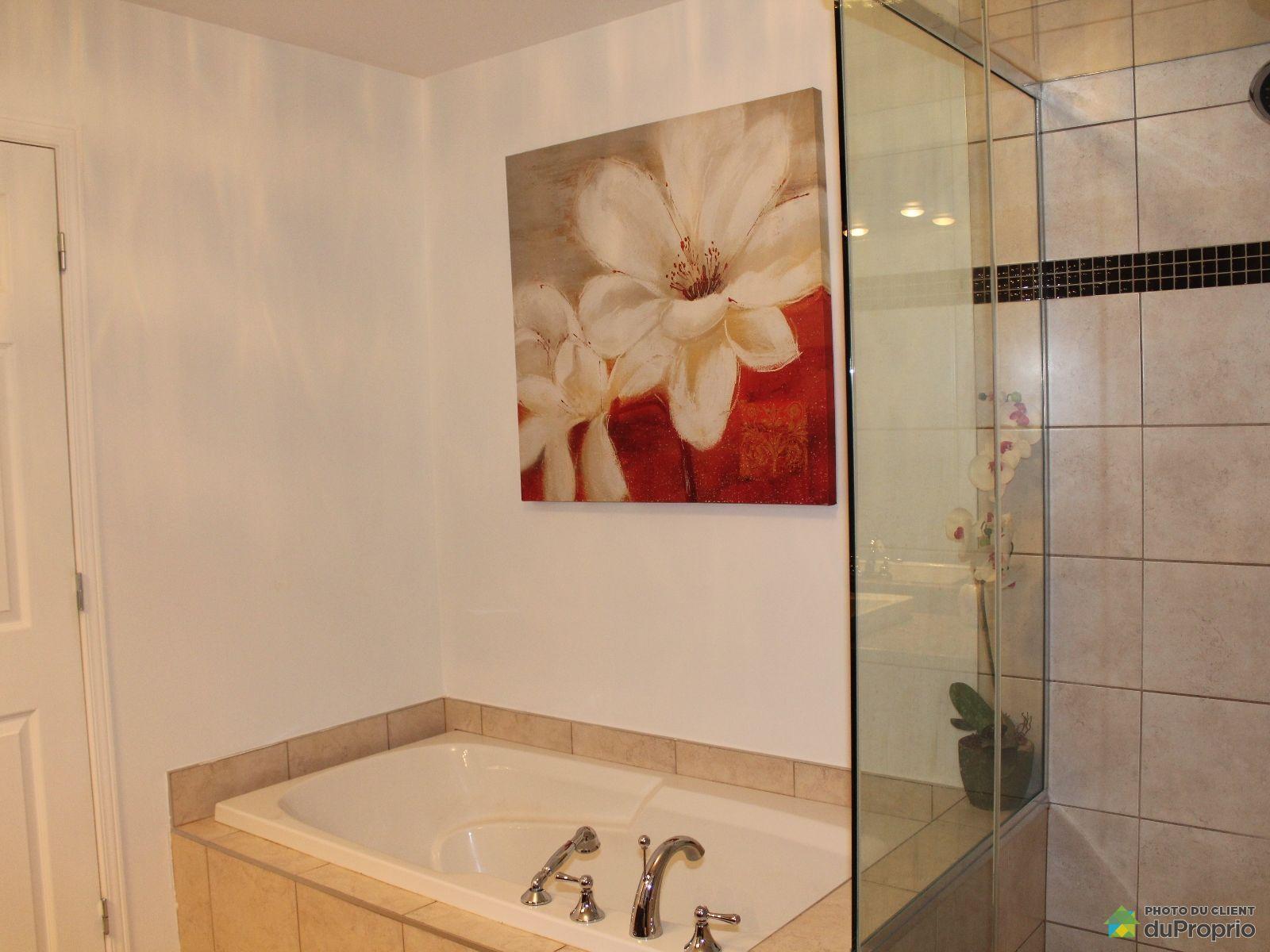 Condo vendre st j r me 1009 boulevard maisonneuve for Accessoire salle de bain st jerome