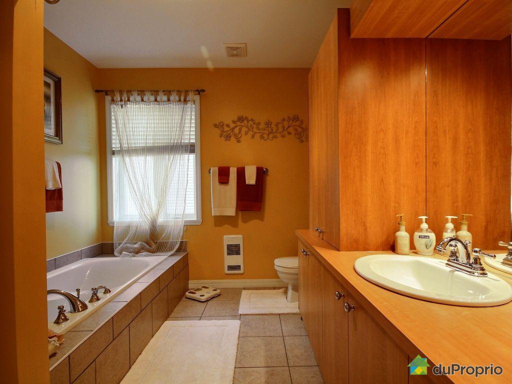 Condo vendre st j r me 2406 rue schulz immobilier for Accessoire salle de bain st jerome
