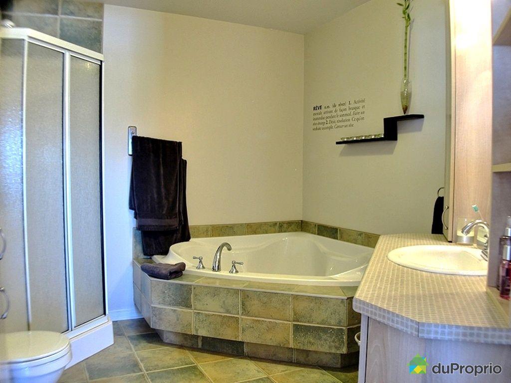 Condo vendu ste marthe sur le lac immobilier qu bec duproprio 407468 - Armoire salle de bain a vendre ...