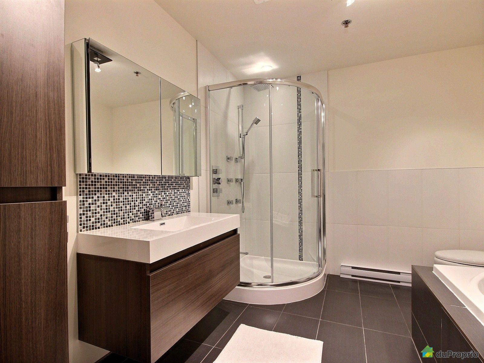 Condo vendre montr al 7272 rue clark immobilier qu bec for Chambre bain tourbillon montreal