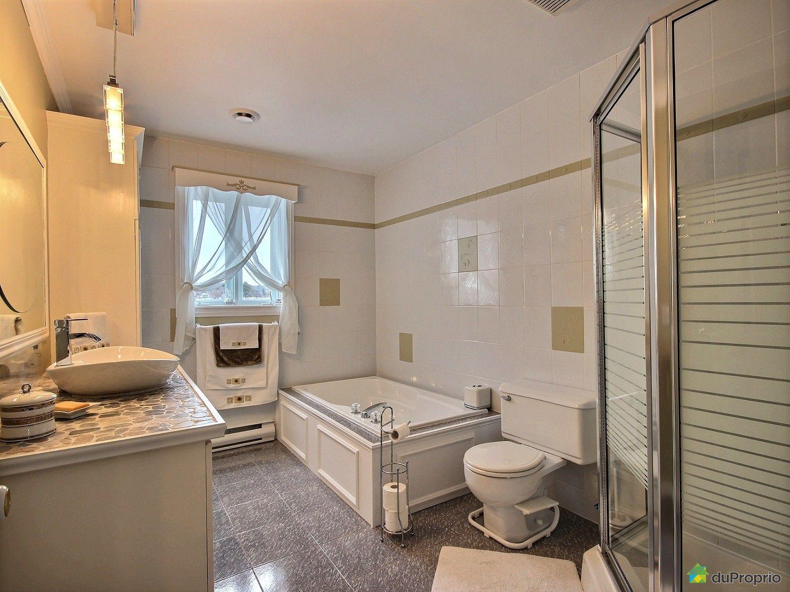 maison vendre sorel tracy 120 rue de l 39 oasis immobilier qu bec duproprio 634919. Black Bedroom Furniture Sets. Home Design Ideas