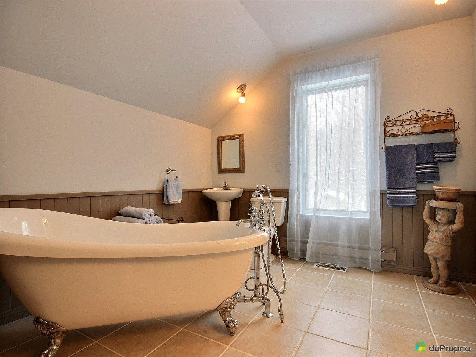 Maison vendre st jean sur richelieu 295 rue fontaine for Salle de bain saint brieuc
