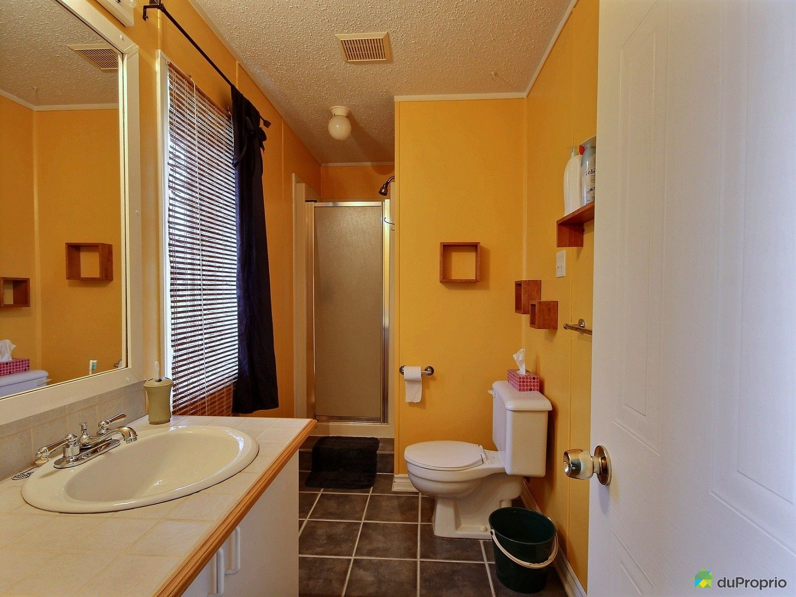 maison vendre st lin laurentides 146 rue du jardin immobilier qu bec duproprio 630979. Black Bedroom Furniture Sets. Home Design Ideas
