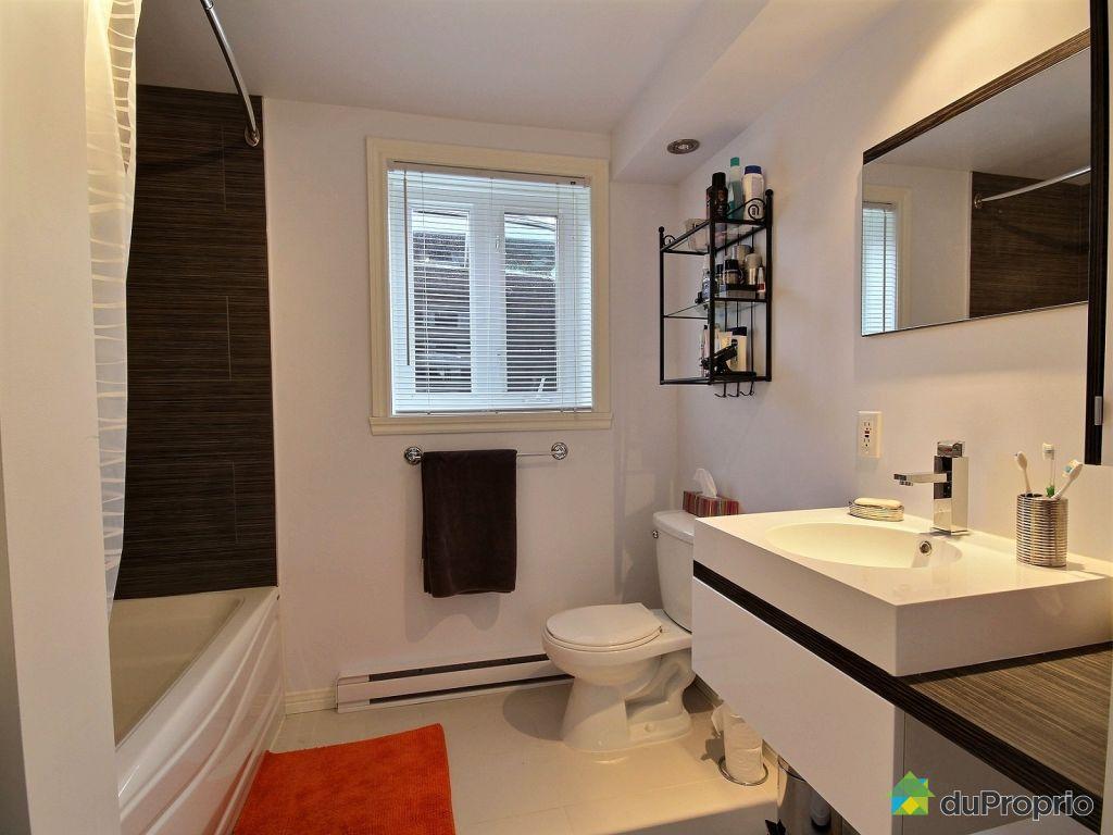 Duplex vendu limoilou immobilier qu bec duproprio 556636 for Salle de bain quebec