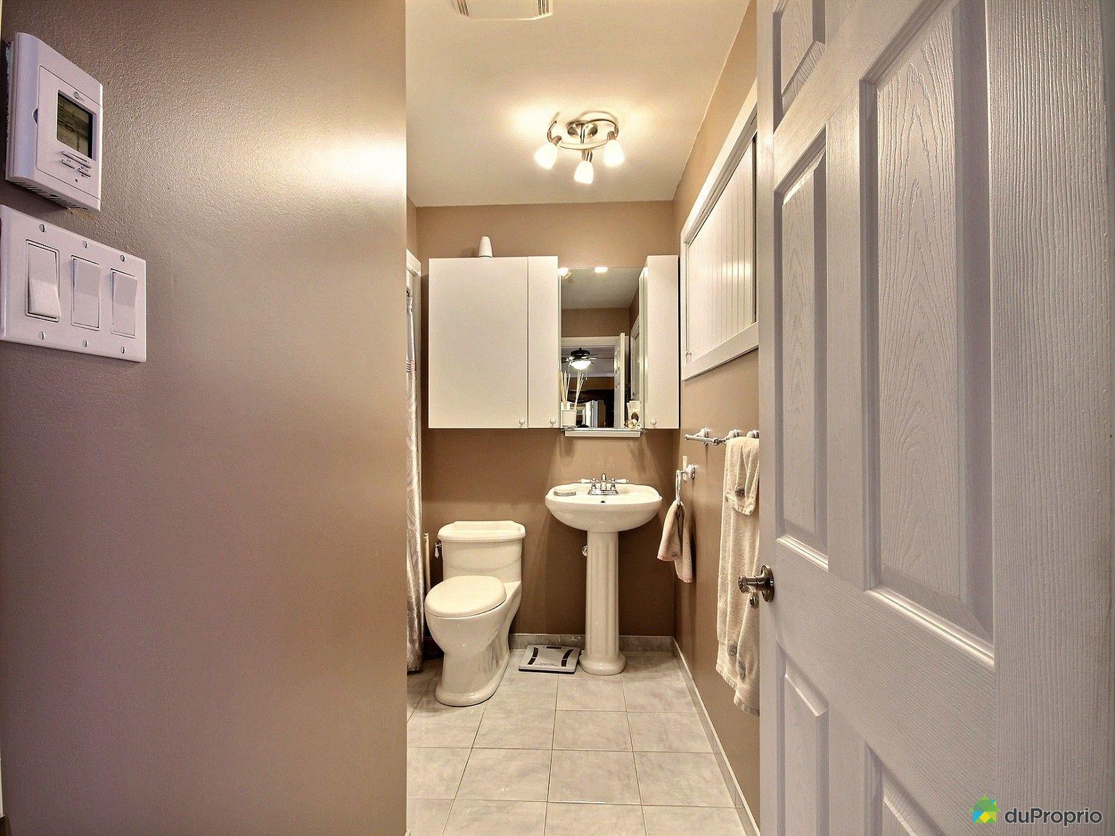 Maison vendre st tienne de beauharnois 9 rue madeleine for Salle de bain saint etienne