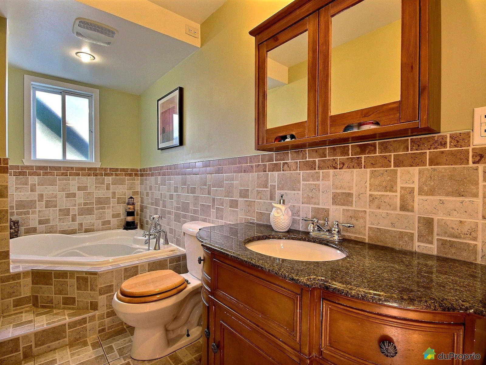 Duplex vendu longueuil immobilier qu bec duproprio 464304 for Salle de bain longueuil