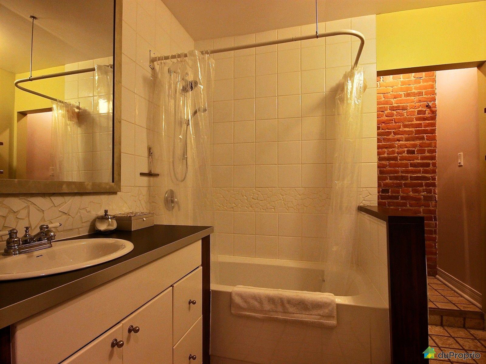 Duplex vendu montr al immobilier qu bec duproprio 645697 for Salle de bain commune a deux chambres
