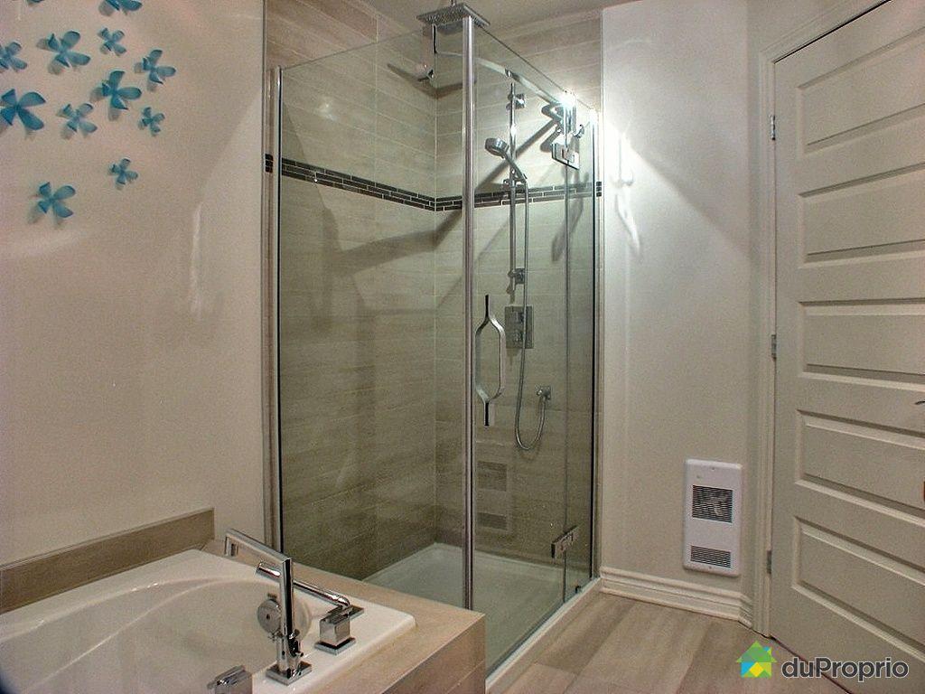 Salle de bain avec douche en c ramique - Salle de bain en ceramique ...
