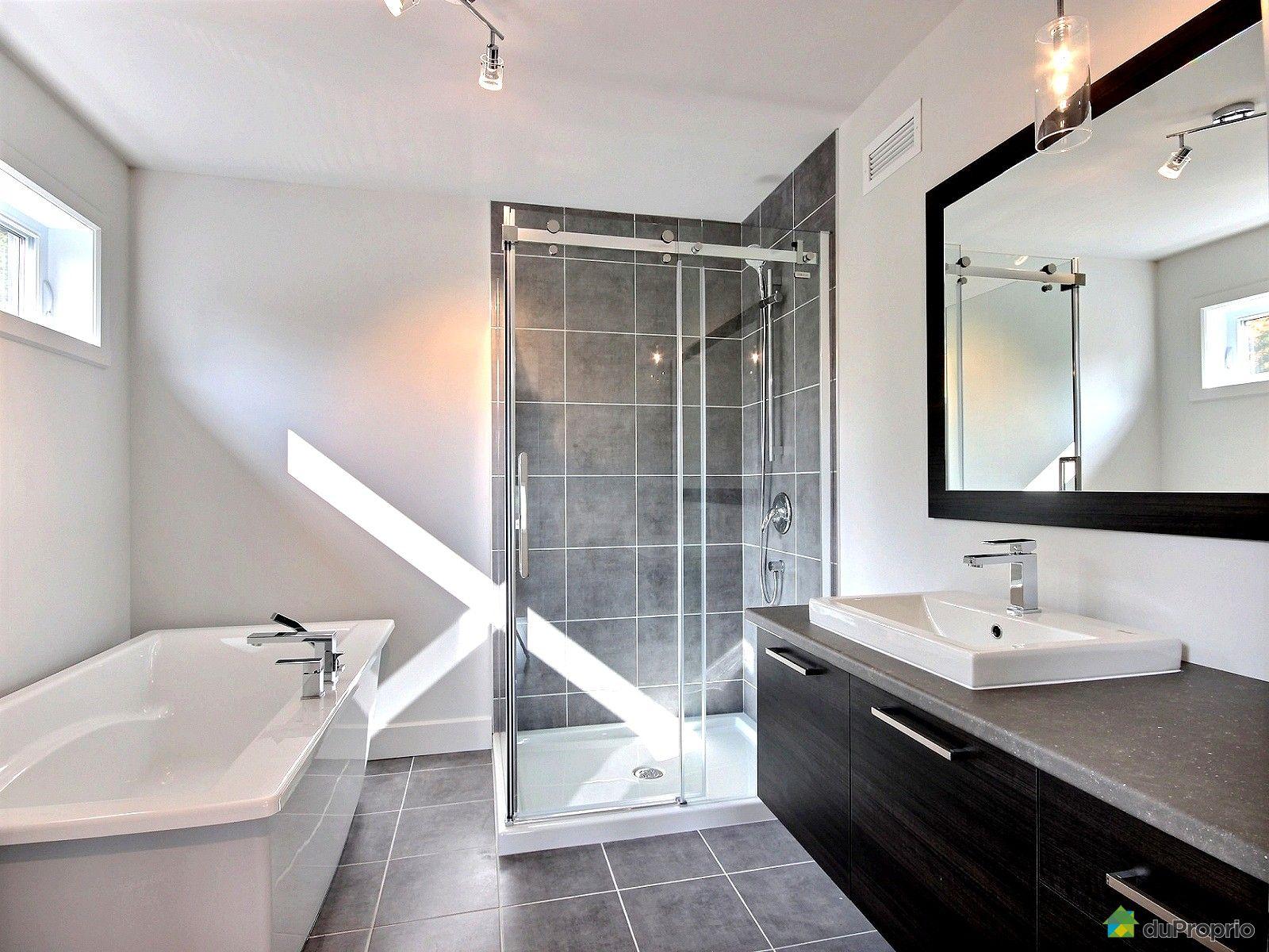 Jumel neuf vendu fleurimont immobilier qu bec for Salle de bain komodo