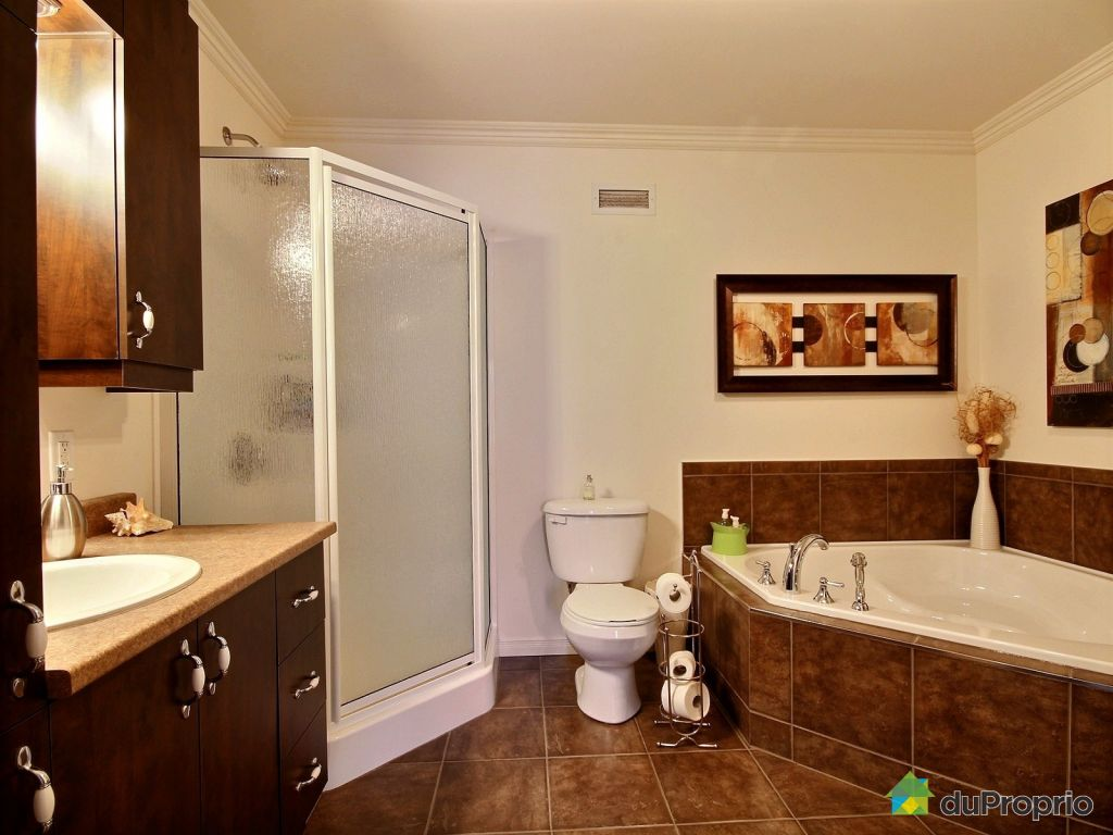 Jumel vendu granby immobilier qu bec duproprio 501199 - Chauffer salle de bain ...