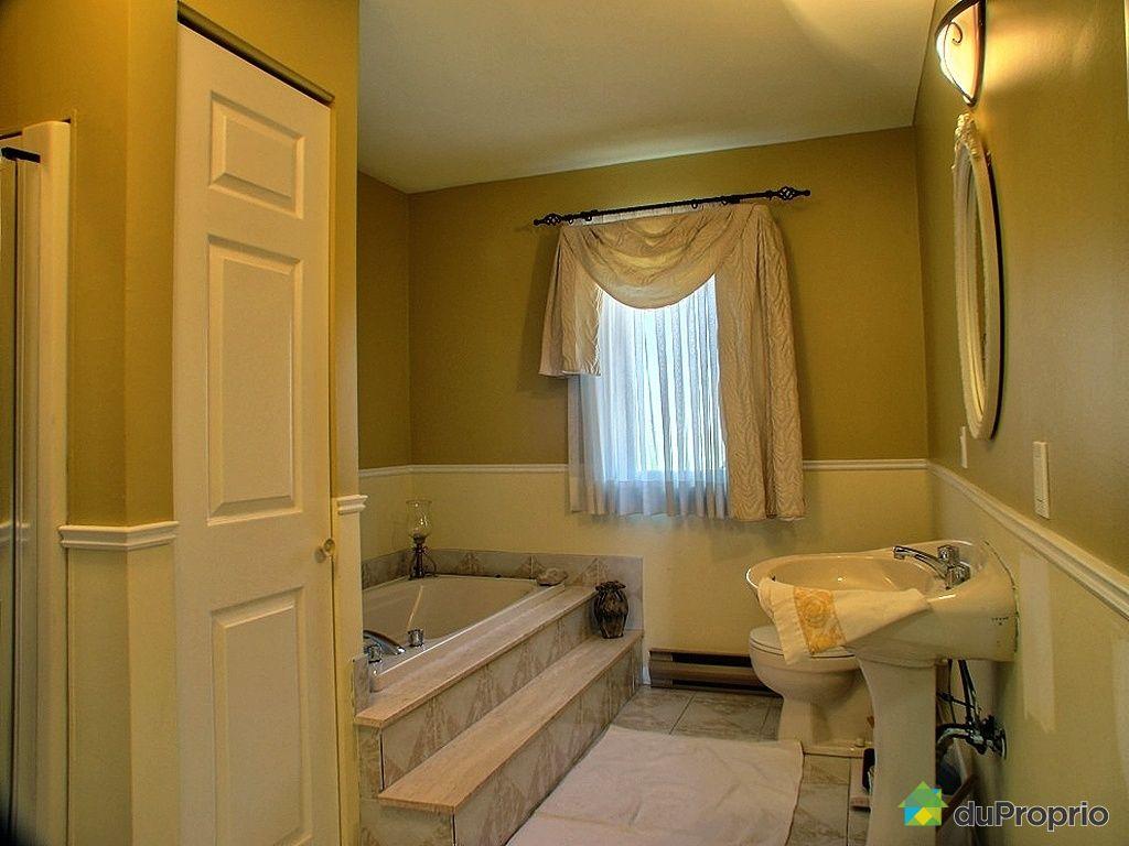 jumel vendu montr al immobilier qu bec duproprio 263562. Black Bedroom Furniture Sets. Home Design Ideas
