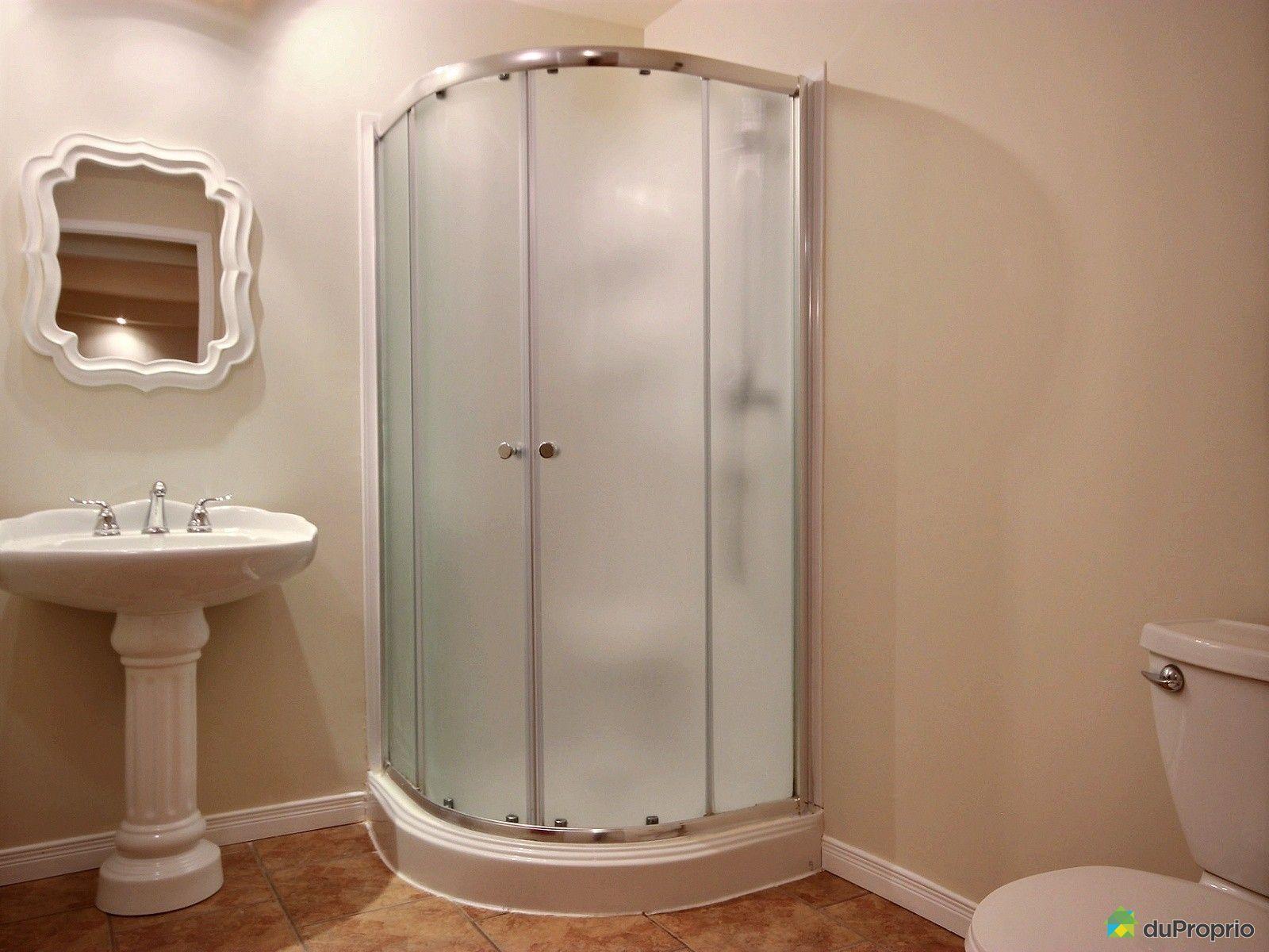 Jumel vendre st tienne de lauzon 673 avenue albert for Salle de bain saint etienne