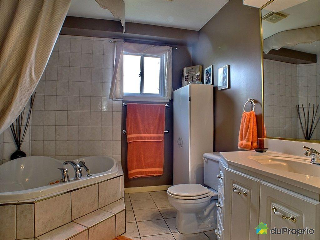 Jumel vendu st eustache immobilier qu bec duproprio for Salle de bain 25 st eustache