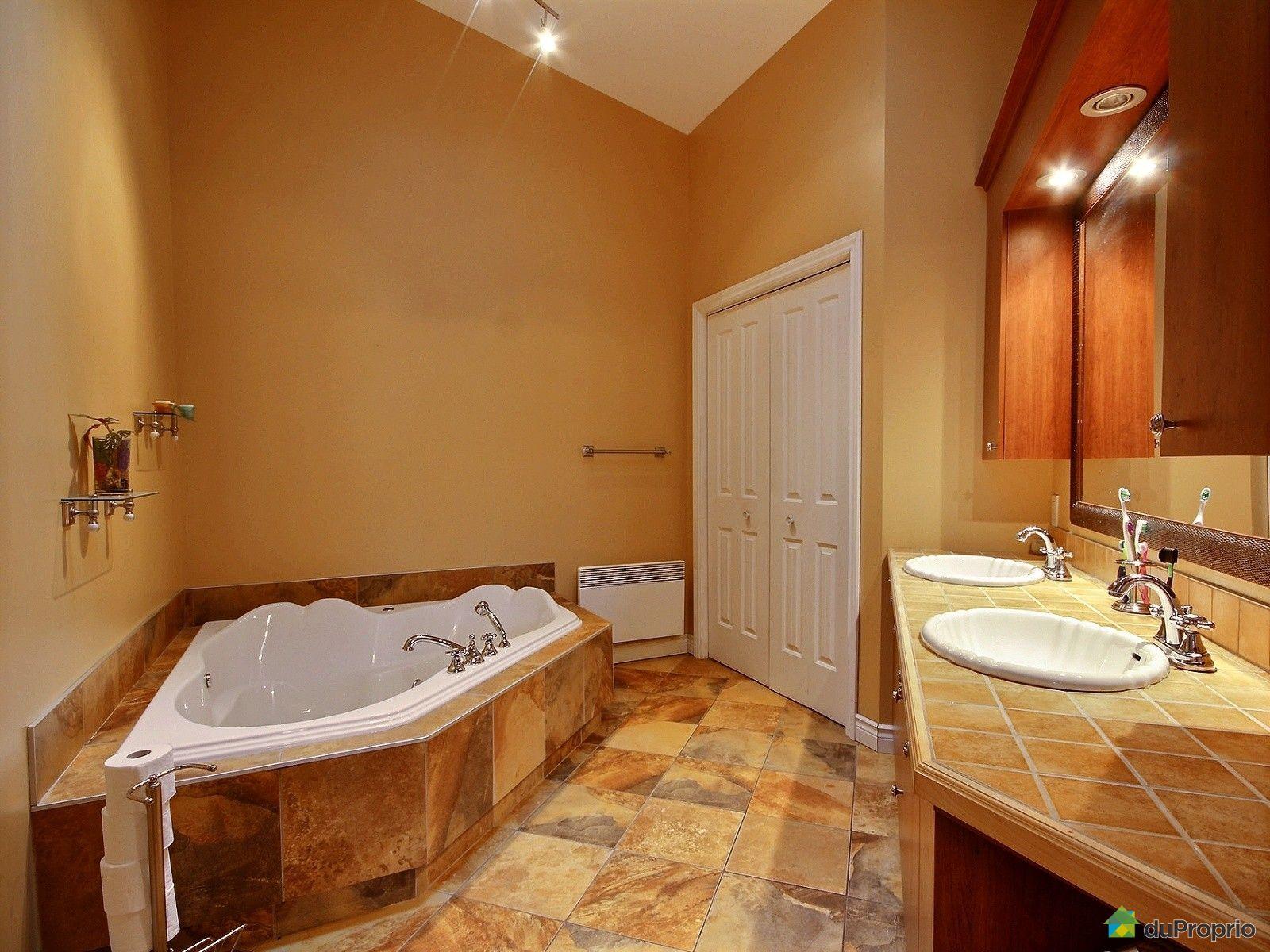 Jumel vendre st georges 839 170e rue immobilier - Salle de bain saint brieuc ...